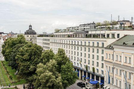 Hotel Bayerischer Hof1.jpg
