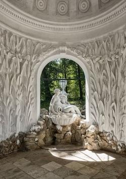 Schonbrunn Palace, Fair Spring.jpg