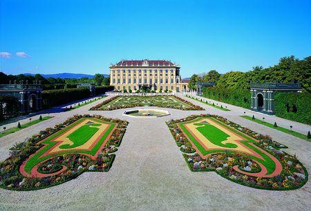 Schonbrunn Palace, Privy Garden.jpg