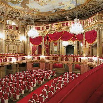 Schlostheater Schonbrunn 2.jpg