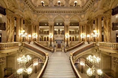 palais garnier grand staircase.jpg