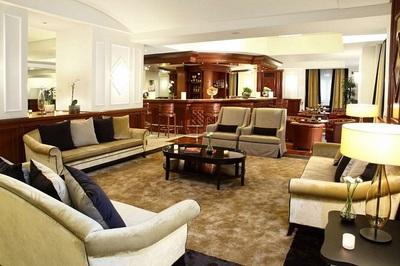 starhotels majestic lobby2.jpg