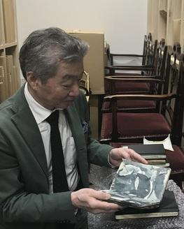 tomoaki small moleskine notebook2.JPG